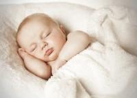 Уход за новорожденными – что нужно знать мамочкам