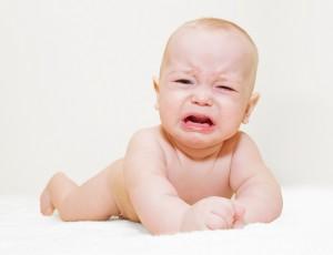 Младенческие колики: причины и способы устранения колик